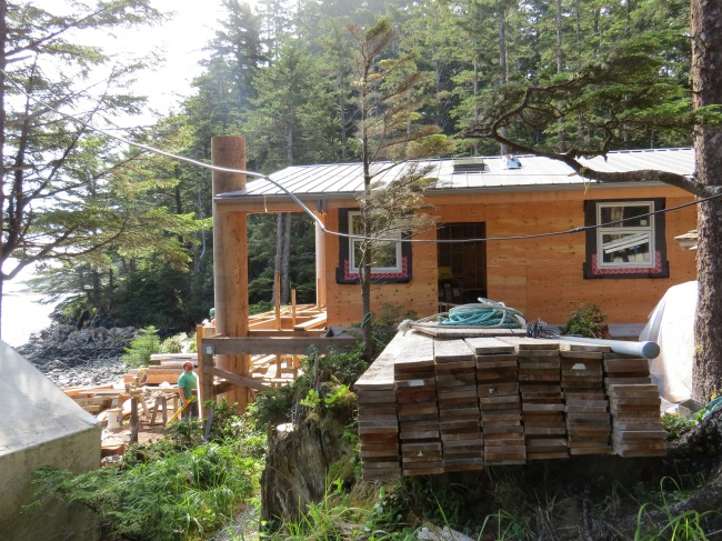 New longhouse cabin facing the ocean